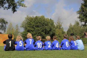Dzieci na koloniach piłkarskich
