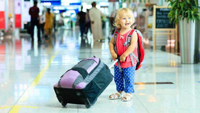 Jak spakować dziecko na kolonie letnie, wakacje?